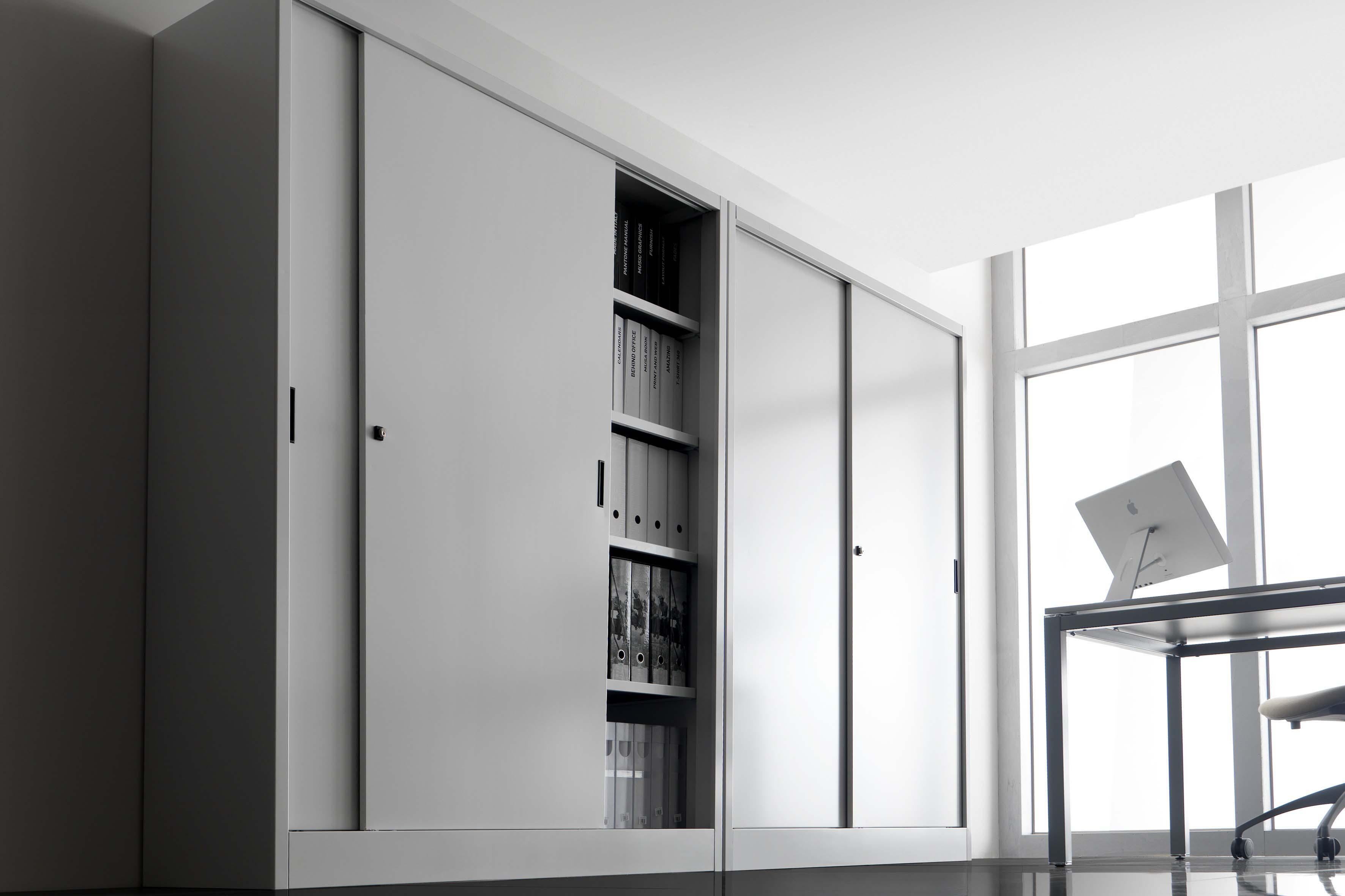 Arredi metallici donati alberto arredamenti e mobili for Scaffali da ufficio